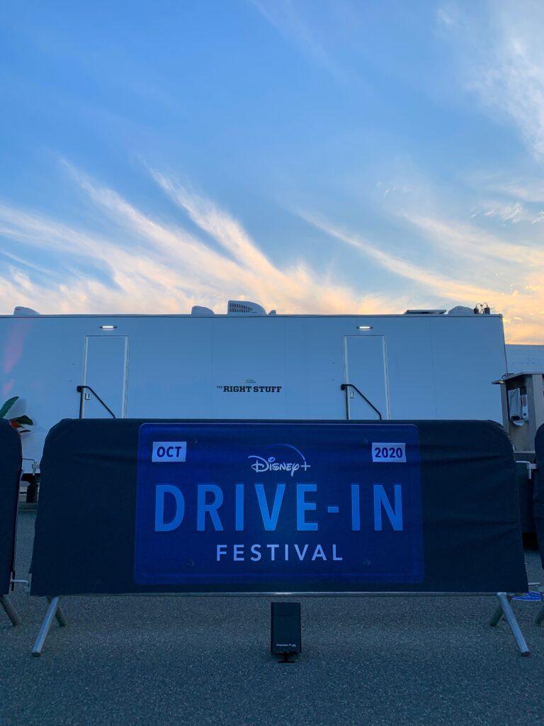 Festival-Disney-Plus-Drive-in-15-768x1024 Disney divulga fotos da 1ª noite do Festival Disney+ Drive-in