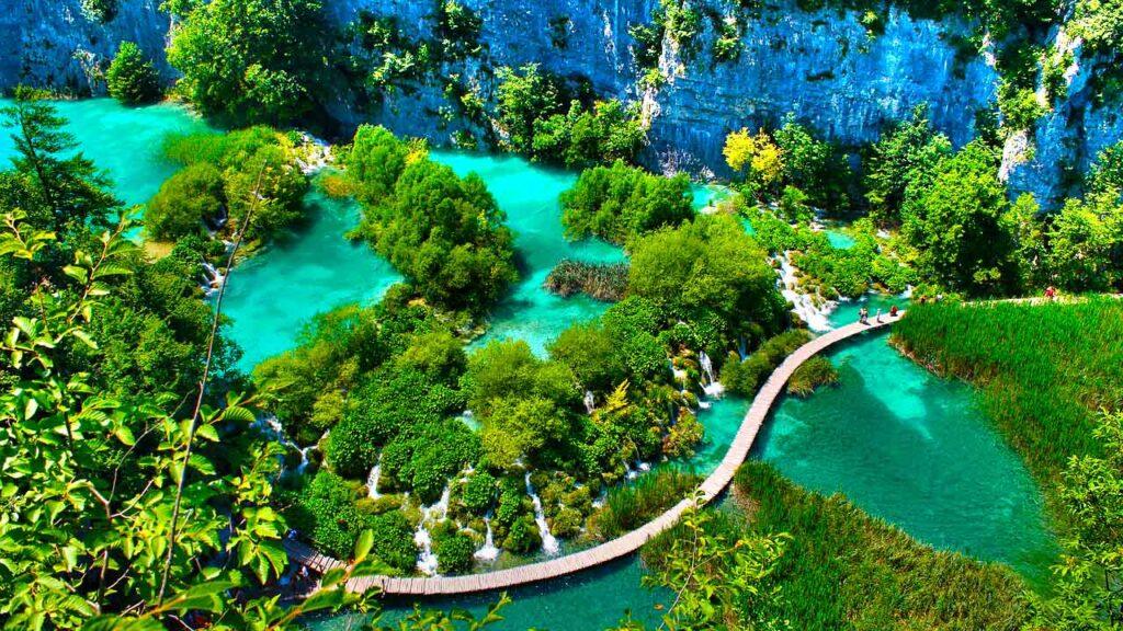 Plitvice-Lakes-Park-1024x576 Disney+ grava documentário sobre Patrimônios Mundiais da UNESCO na Croácia