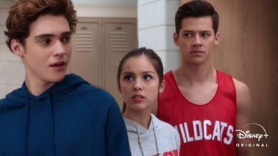 """1o-episodio-de-High-School-Musical-A-Serie-O-Musical Especial de Festas de """"High School Musical: O Musical"""" estreia em 11/12"""