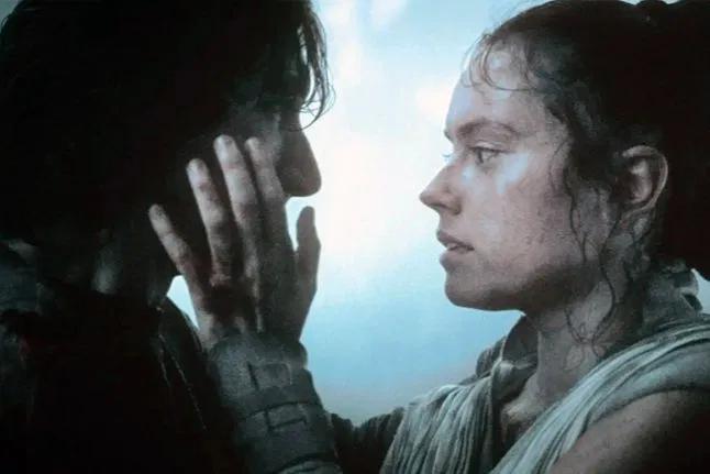 image-233 Star Wars: Autor Diz Que Precisou Retirar Romance Entre Rey e Finn