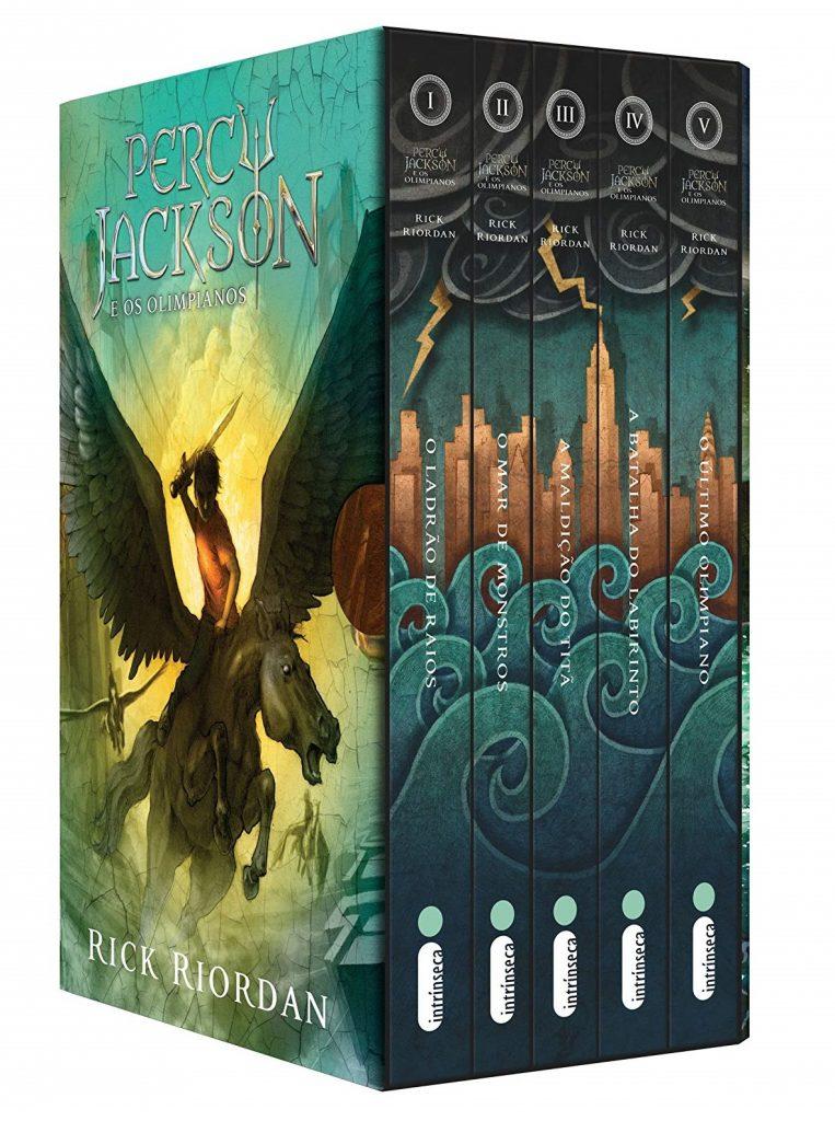 Percy-Jackson-e-os-olimpianos-livros-1-763x1024 Percy Jackson e os Olimpianos | Autor Compartilha Atualização sobre a Série do Disney+