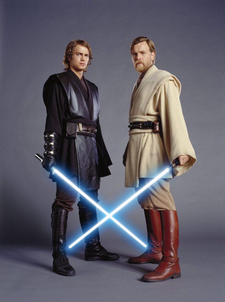 Anakin-e-Obi-Wan-Kenobi-763x1024 Obi-Wan Kenobi: Ewan McGregor Exibe Boa Forma para a Série no Disney+