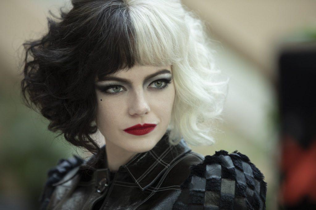 Cruella-1024x682 Trailer de 'Cruella': Emma Stone dá Vida a uma das Vilãs Mais Famosas da Disney