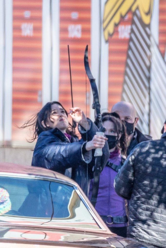 Hawkeye-Gaviao-Arqueiro-Set-de-Filmagem-6-683x1024 Gavião Arqueiro: Mais de 30 Novas Fotos e Vídeos do Set de Filmagem de 'Hawkeye'