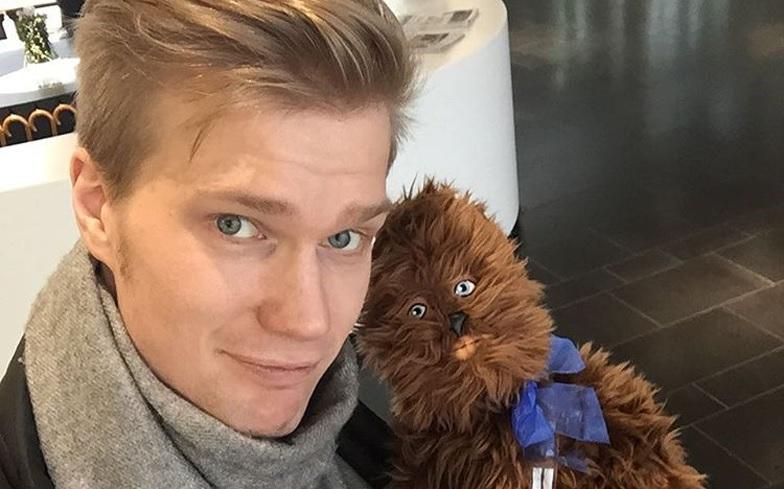 Joonas-Suotamo-Chewbacca-2 Star Wars: Intérprete de Chewbacca se Declara aos Fãs no Twitter