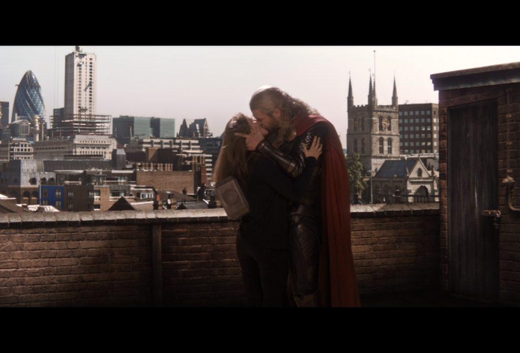 Chris-Hemsworth-e-Elsa-Pataky-1024x695 Você Sabia? Parentescos inusitados nos Filmes e Séries da Marvel