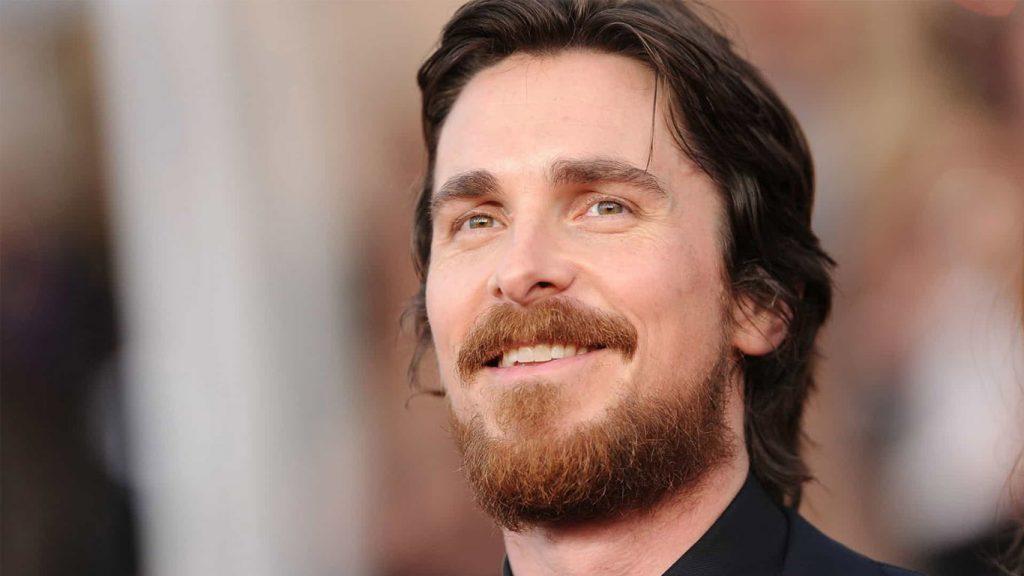 Christian-Bale-Thor-4-1024x576 Christian Bale Aparece Careca em Bastidores de Thor: Amor e Trovão