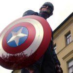 Mudança no Escudo do Capitão América é Vista em Novo Trailer de Falcão e o Soldado Invernal