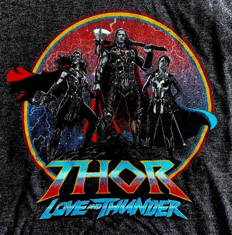 Camiseta-Thor-Love-and-Thunder Produtos revelam visual de Natalie Portman como a Poderosa Thor