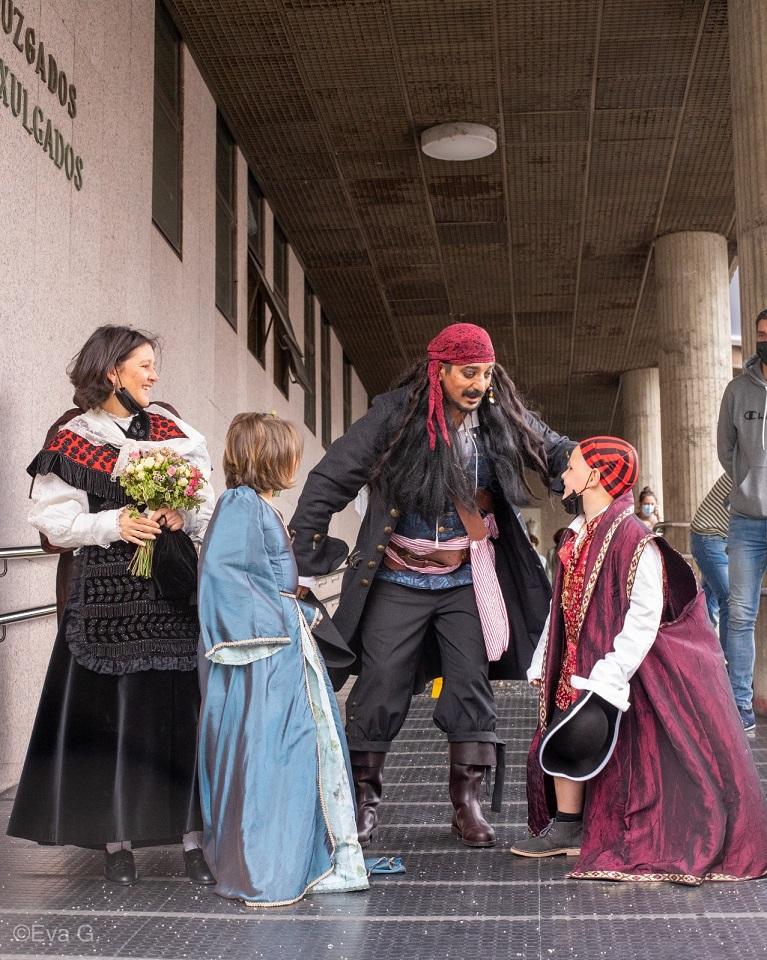 Casamento-Juan-Jack-Sparrow-3 Juiz se recusa a fazer casamento porque noivo estava vestido de Jack Sparrow