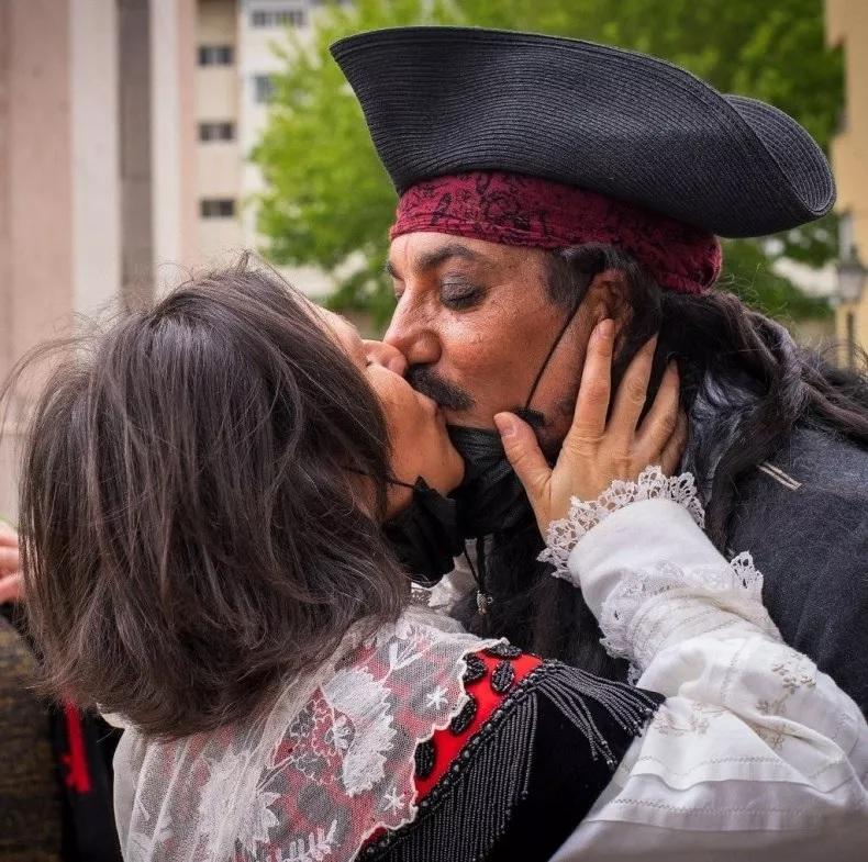 Casamento-Juan-Jack-Sparrow-4 Juiz se recusa a fazer casamento porque noivo estava vestido de Jack Sparrow