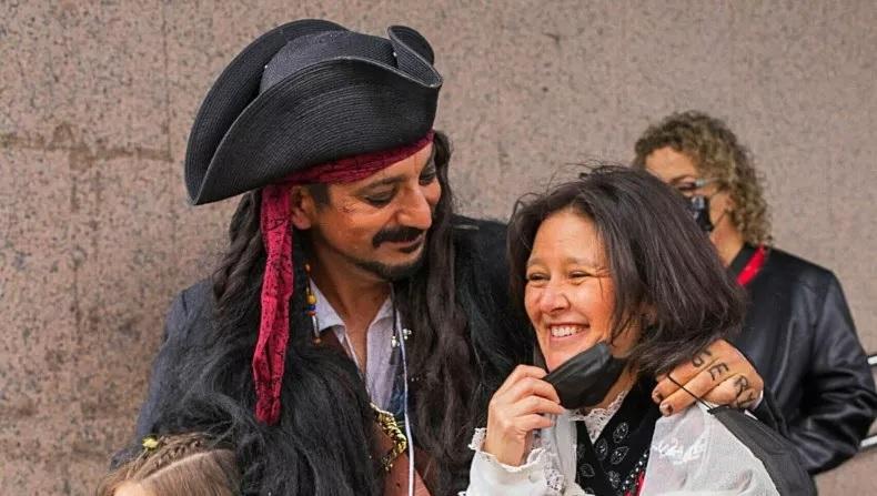 Casamento-Juan-Jack-Sparrow-6 Juiz se recusa a fazer casamento porque noivo estava vestido de Jack Sparrow
