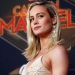 Capitã Marvel: Brie Larson mostra abdômen trincado e deixa os fãs sem palavras