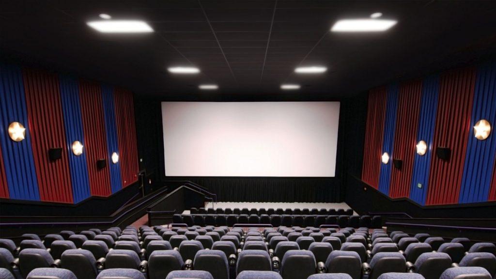 Sala-de-cinema-1024x576 Disney confirma que estes 6 filmes vão estrear exclusivamente nos cinemas em 2021