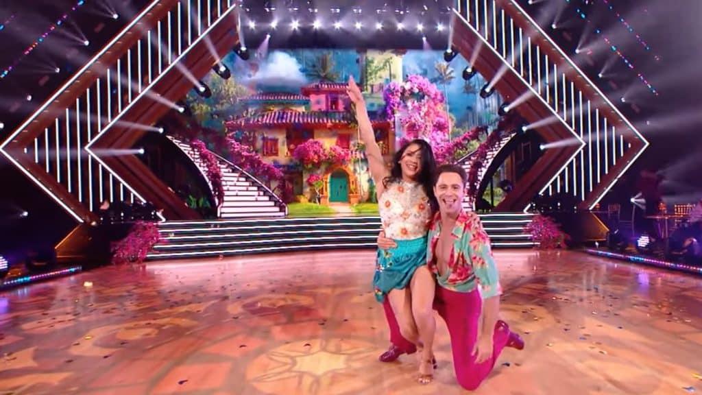 Dancing-With-The-Stars-Encanto-1024x576 Dancing With The Stars apresenta canção de Encanto; álbum da trilha sonora já tem data de lançamento