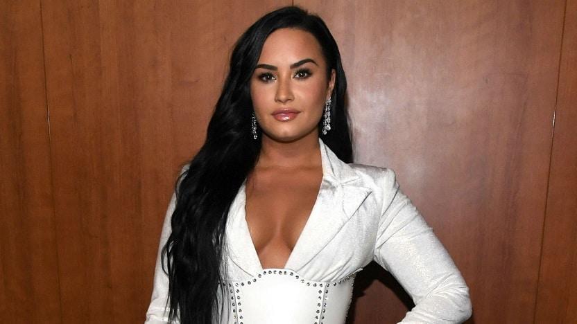 Demi-Lovato 12 Estrelas da Disney que sofrem de doenças raras ou crônicas